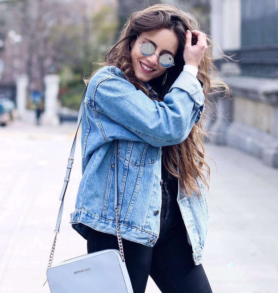 Das sind die Jeansjacken Trends für den Frühling 2018