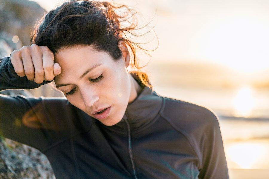 Ausgelaugt trotz Schlaf: Woran es liegen kann