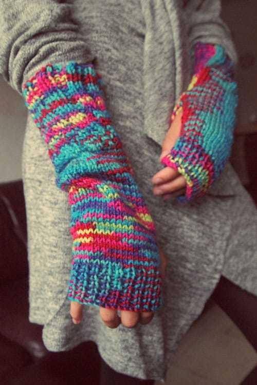 gloves-987630_1920