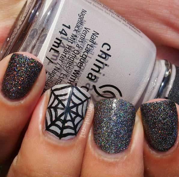 Halloween Makeup Ideen: Halloween Nail Art für Anfänger und Fortgeschrittene