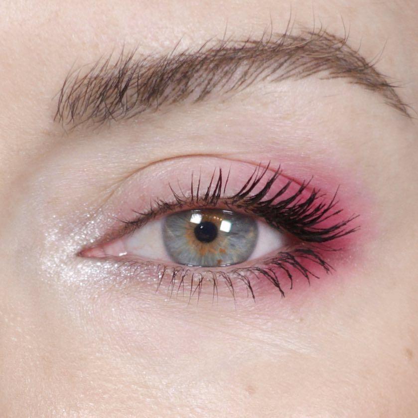 Inner Eye Strobing – der neue Highlighter Trend