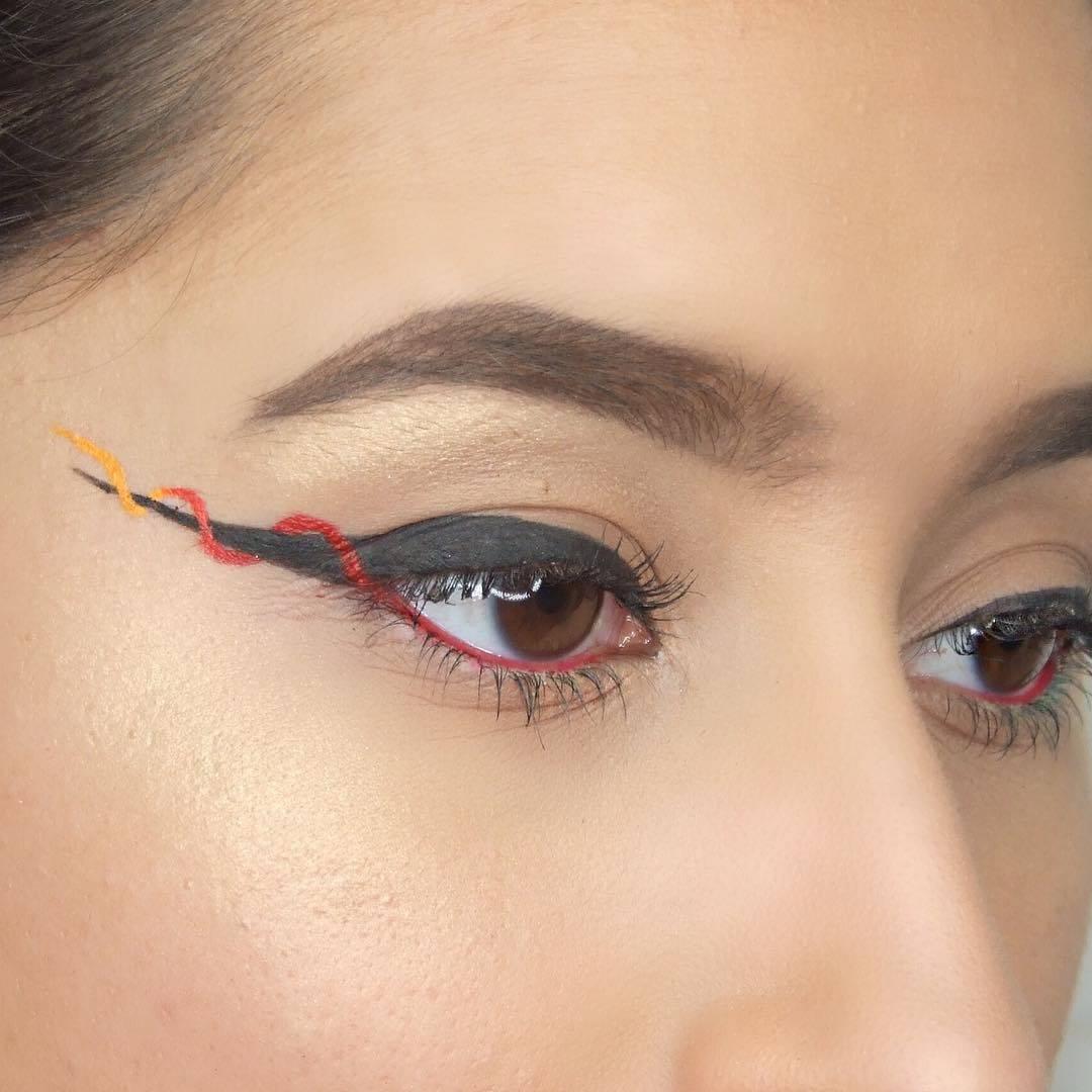 ribbon-liner: Kajal richtig auftragen, Eyeliner Tutorial